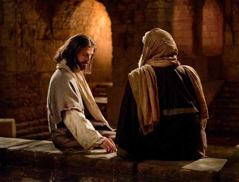 Una noche en Jerusalén, Nicodemo llegó hasta Jesús.