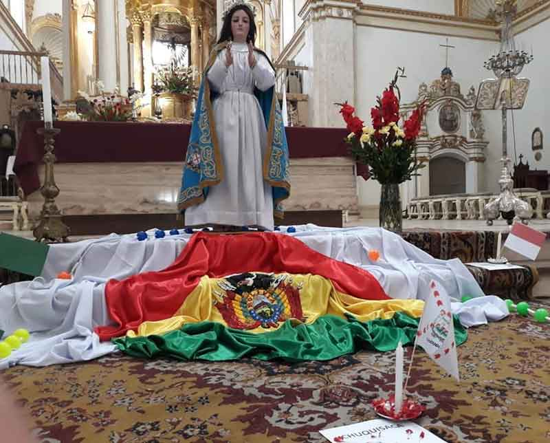 Rezo a la Virgen contra Evo Morales.
