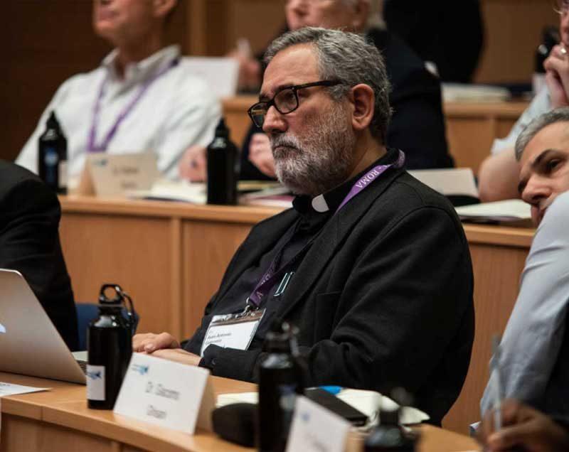 Un jesuita toma el control de la economía del Vaticano