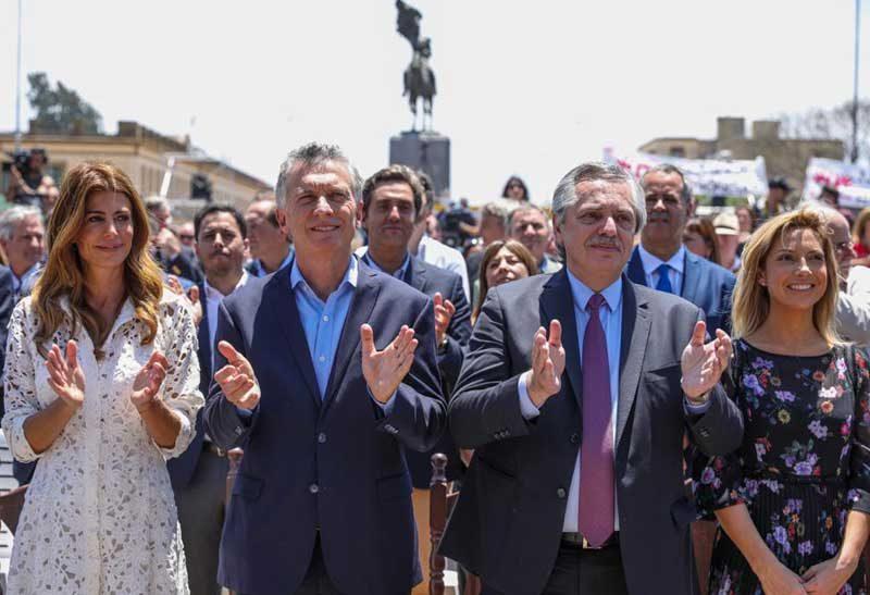 Iglesia & Estado / Estado + Iglesia: Nada cambia en la Argentina