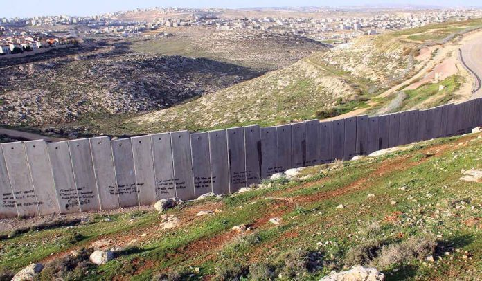 Muro y Ramallah