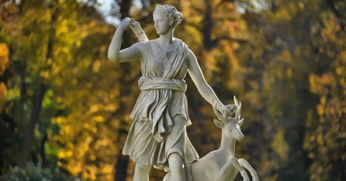 Artemisa o Diana